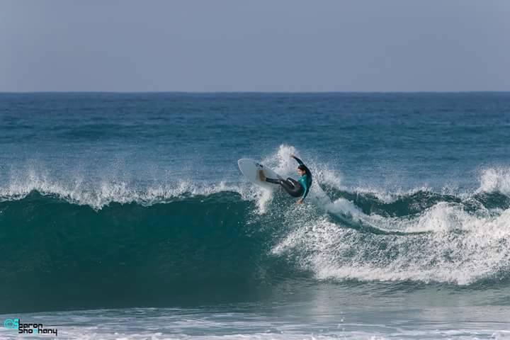 מאיה דאובר,אלופת גלישת גלים